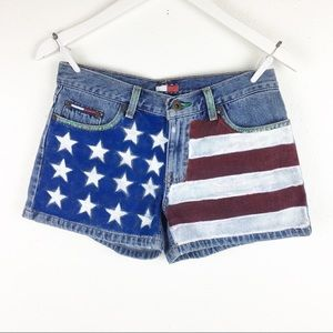 Vintage 90s Tommy Hilfiger Size 5 Painted Shorts